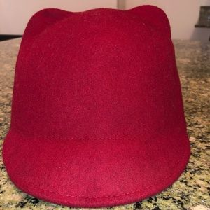 Accessories - Red hat with ears
